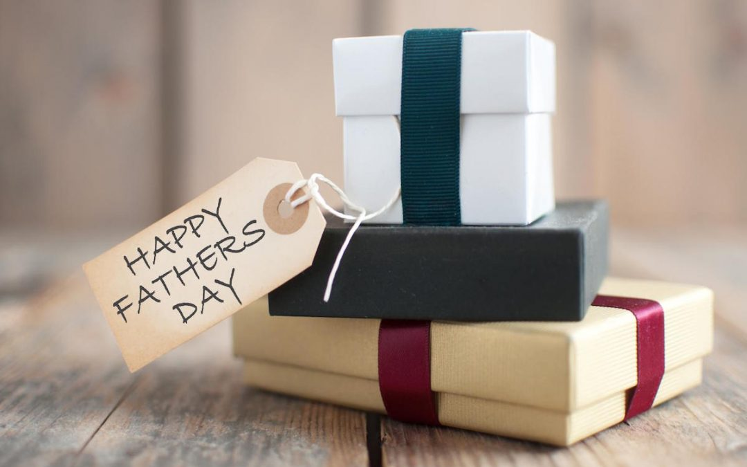Best Dental Gifts Ideas to Make Your Dad Smile this Father's Day